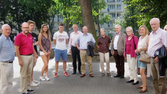 Martin Hanf mit SchülerInnen