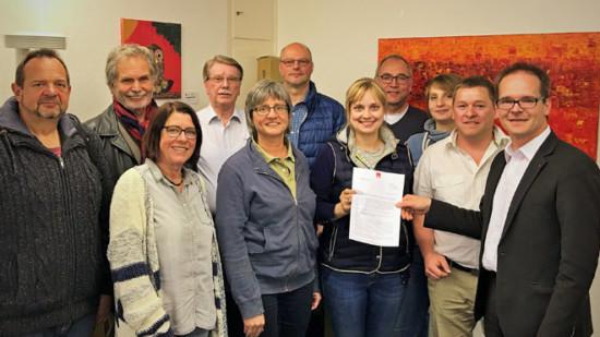 Der UB-Vorstand mit der Mittelweser-Resolution