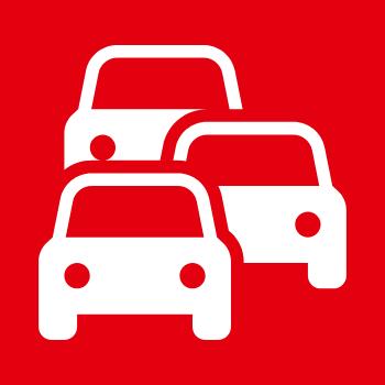 Symbolbild Verkehr: Drei Autos fahren hintereinander